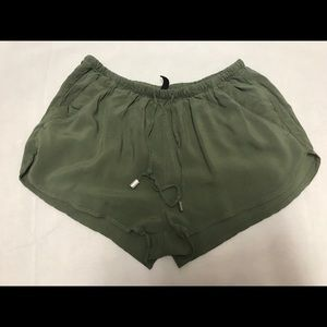 H&M divided women's size 6 shorts